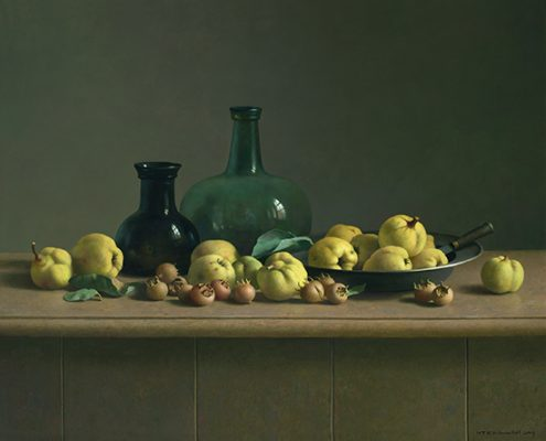 Henk Helmantel, Still life with quinces and two bottles, 2019, oil on panel, 100 x 122 cm. Museum Helmantel Collection. Photograph: Art Revisited, Tolbert